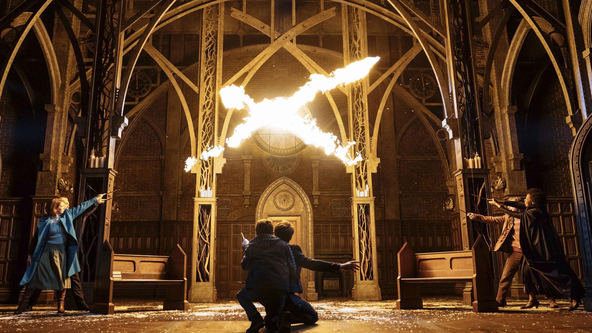 """Magische Momente bringt """"Harry Potter und das verwunschene Kind"""" auf die Bühne. Das Stück hat im März im Mehr!-Theater am Hamburger Großmarkt seine Deutschland- Premiere. Das Szenenfoto stammt aus der Broadway-Inszenierung."""