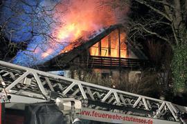Feuer Einfamilienhaus Stutensee-Friedrichstal