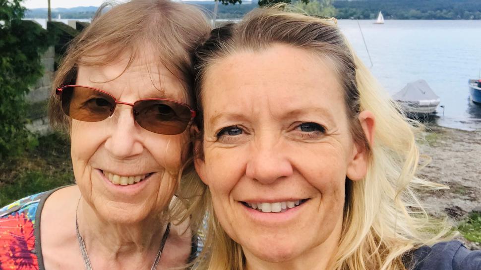 Sibylle Kranich und ihre Mutter vor der Corona-Pandemie.