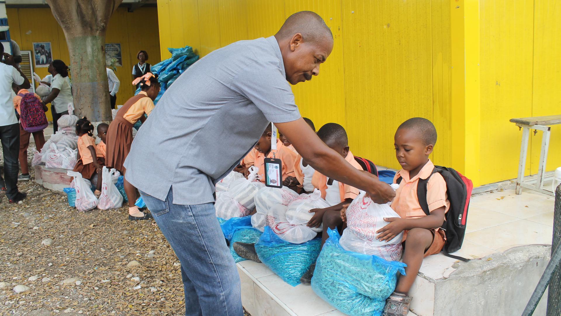 Naturkatastrophen wie etwa Hurrican Mathew traf die Schwächsten der Bevölkerung, zu denen vor allem auch Kinder zählen,  besonders hart.