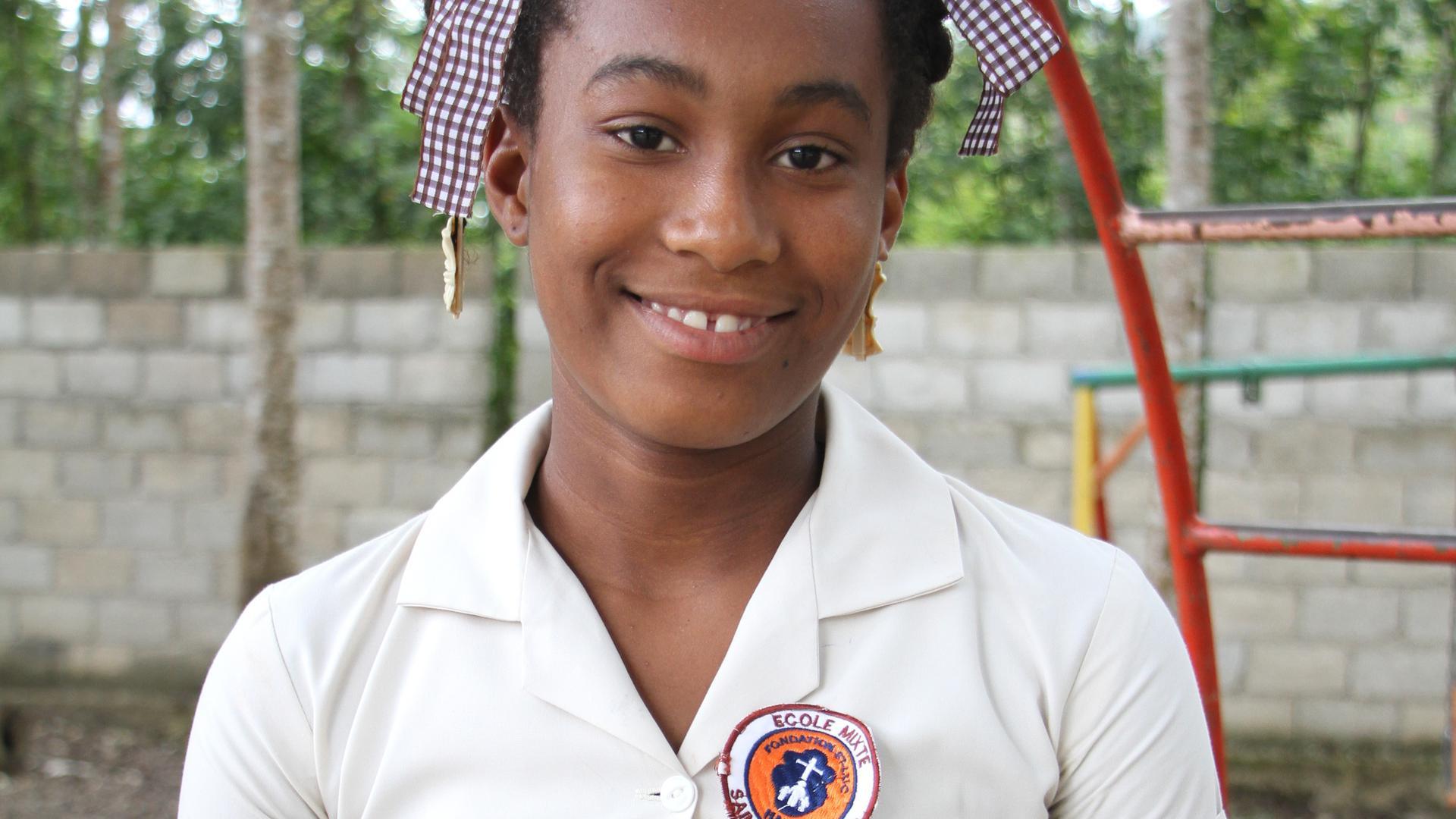 Schüler wie die Neuntklässlerin Maignan Love Micka sind äußerst dankbar dafür, dass ihnen die Möglichkeit geboten wird, die Schule zu besuchen.