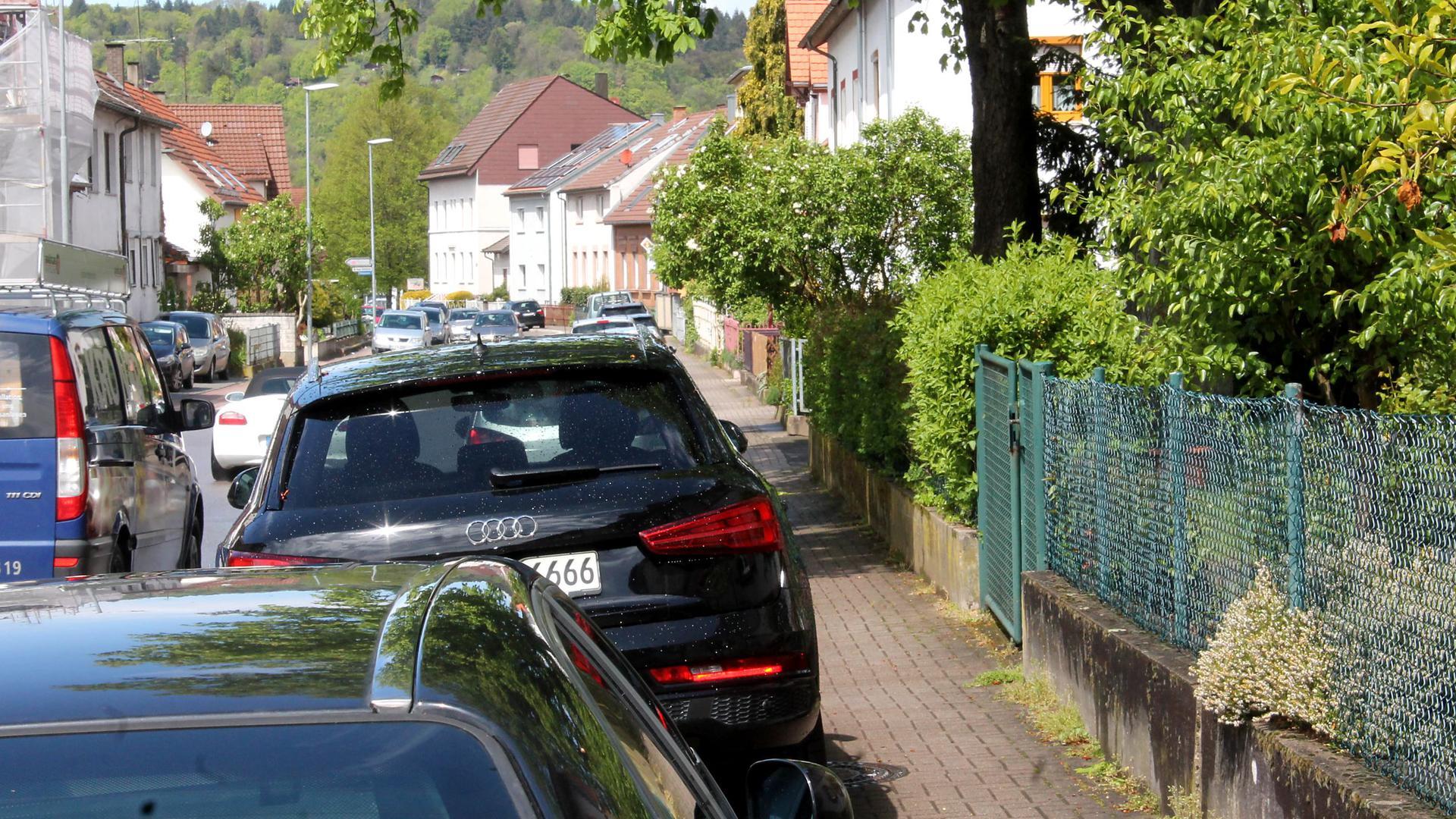 Parken auf dem Gehweg