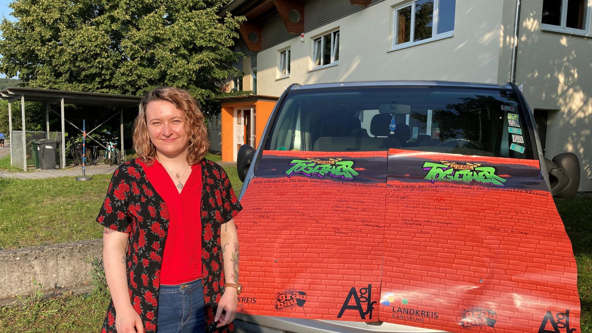 Nachgefragt: Jenny Schiefer gehört zum Team des Aktionsbusses. Sie will, dass Kinder und Jugendliche endlich angehört werden.