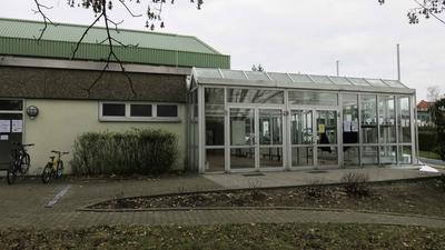 Die Böhnlichhalle in Wössingen: Das Testzentrum wird für den Zeitraum vom 8. bis vorerst 29. März eingerichtet. Termine für Tests sind immer montags zwischen 16 Uhr und 18 Uhr.