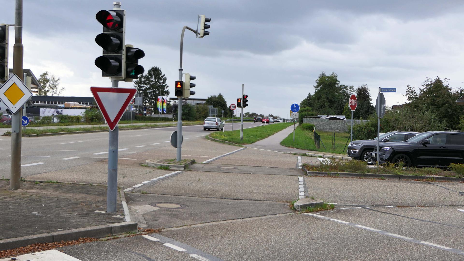 Wird zur Baustelle: der Kreuzungsbereich B36 und Römerstraße in Rheinstetten. Die Arbeiten beginnen laut Regierungspräsidium Karlsruhe am kommenden Dienstag, 12.Oktober.