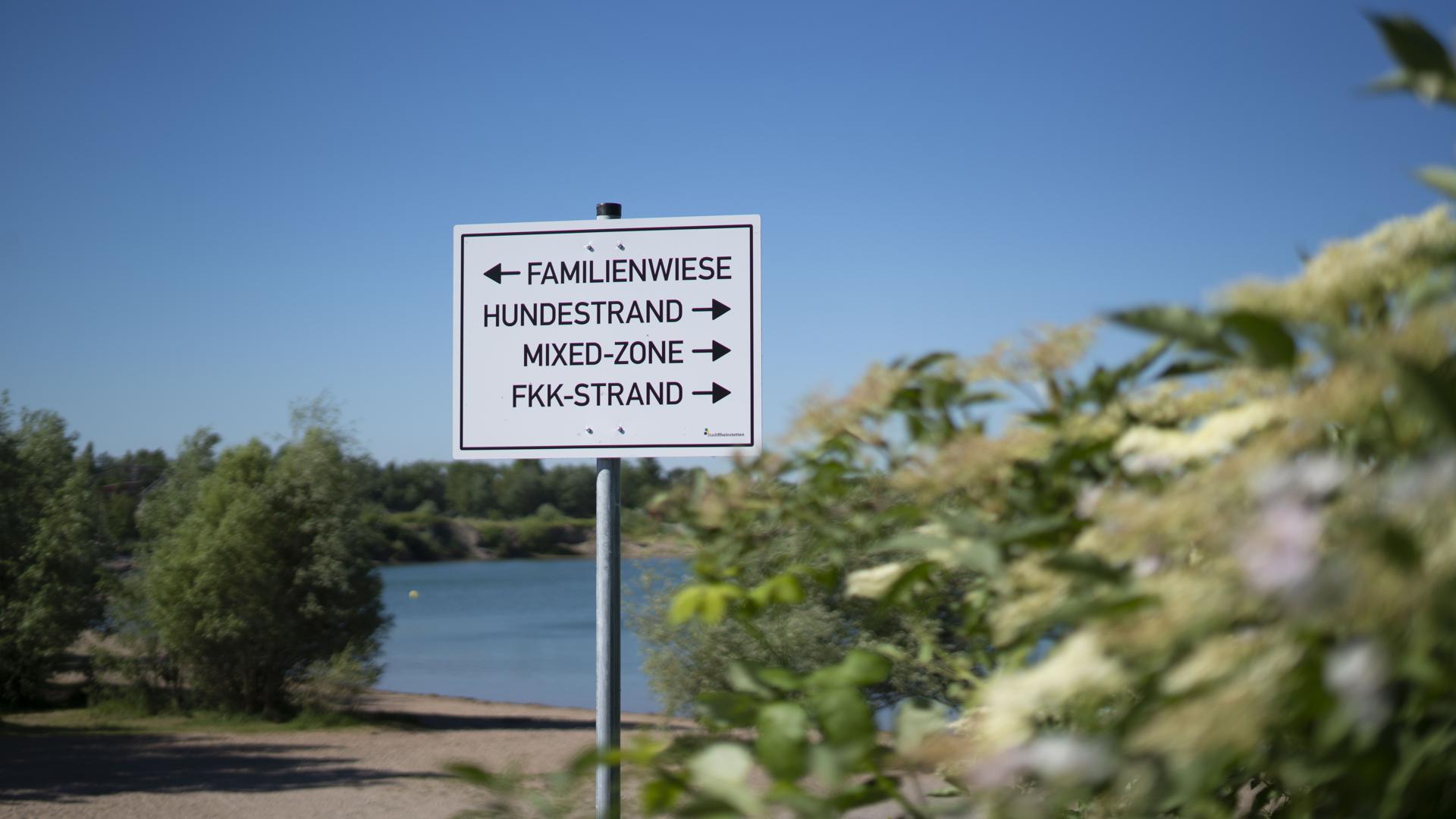 Epplesee Forchheim Wegweiser Schild Baggersee