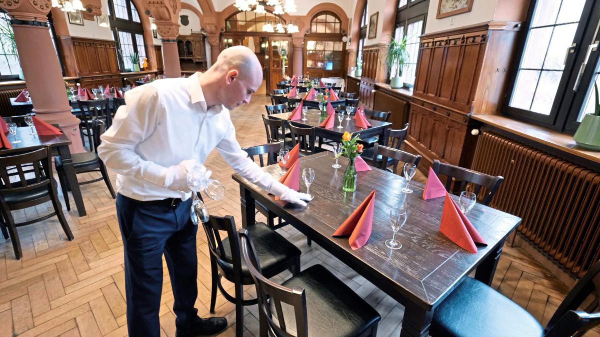 In Restaurants herrscht in Corona-Zeiten teilweise gähnende Leere
