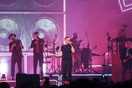 """Die Berliner Band Seeed meldet sich mit der Tour zum neuen Album """"Bam Bam"""" auf den deutschen Konzertbühnen, wie hier in Mannheim, zurück."""