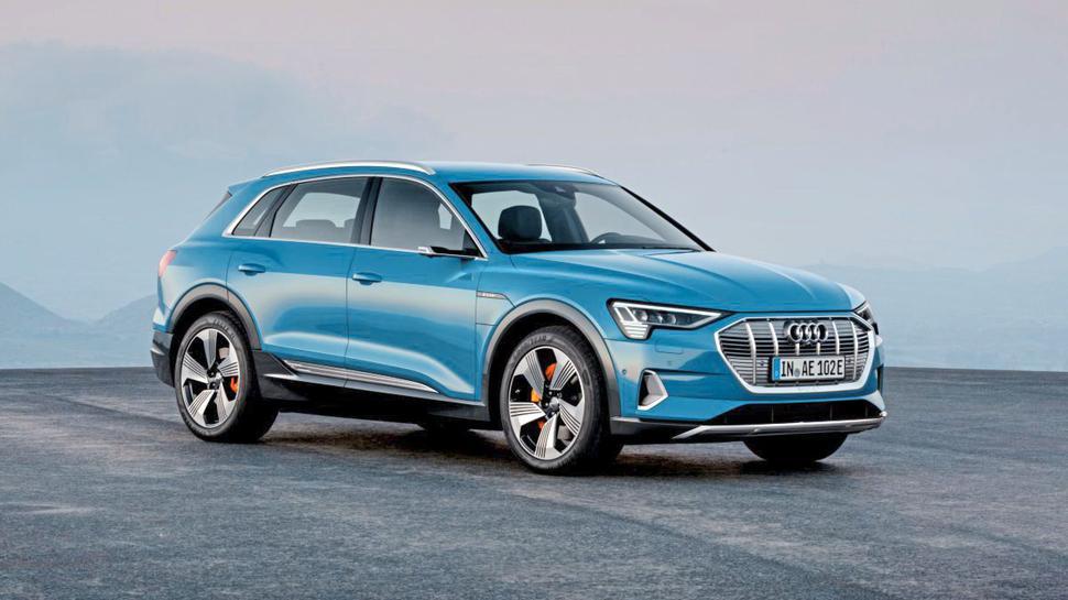 Auf emissionsfreie Erkundungstour kann der Gewinner oder die Gewinnerin unseres 34. Tagesrätsels mit dem Audi eTron gehen.