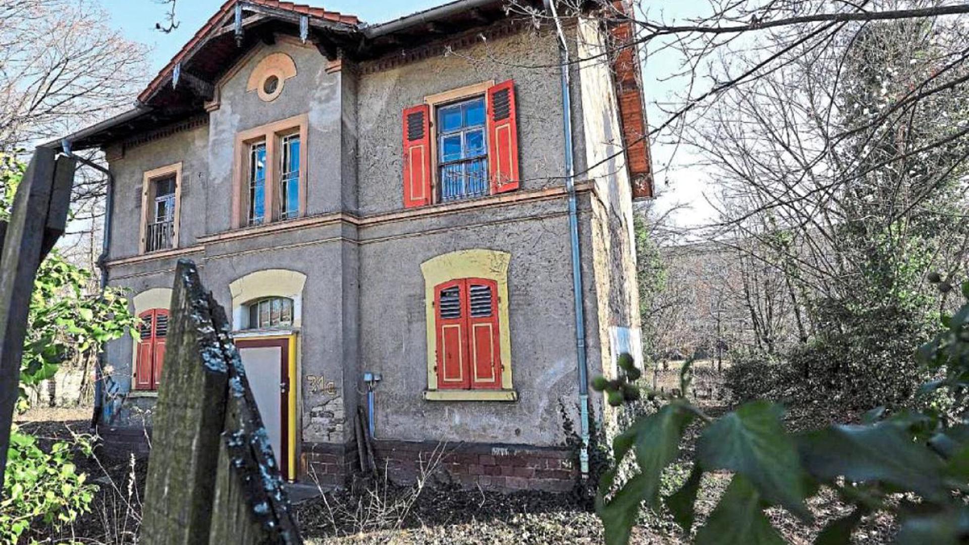 """Als Kita """"Villa Kunterbunt"""" ist das Landesgebäude an der Moltkestraße vielen Karlsruhern im Gedächtnis. Seit 2008 steht das Haus jedoch leer. Über kurz oder lang soll eine Landesbehörde auf dem Grundstück angesiedelt werden"""