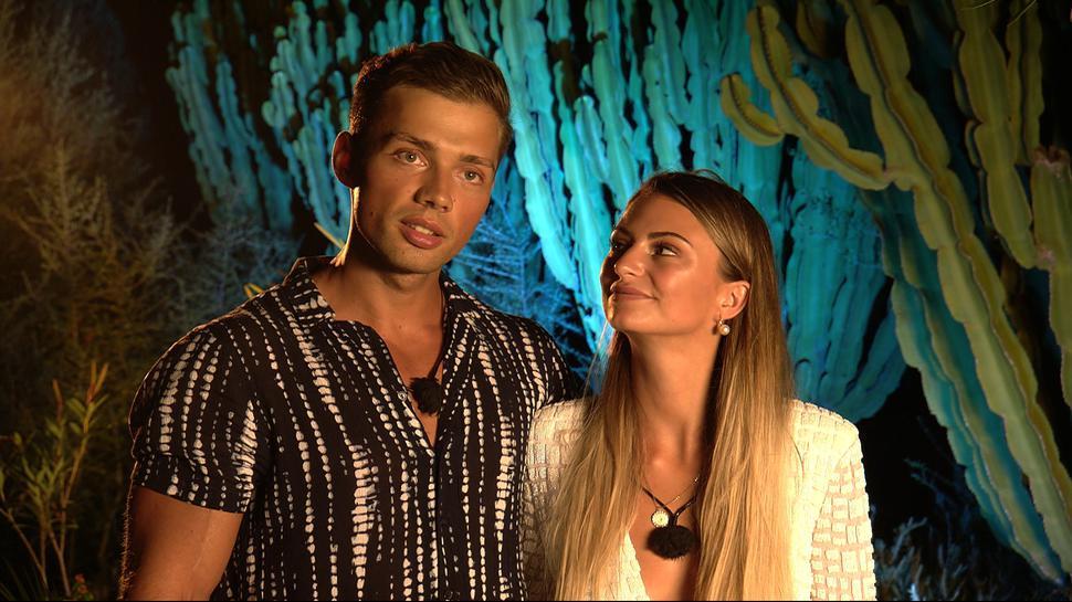 """Für Josua und Mila ist die Zeit auf """"Love Island"""" vorbei."""