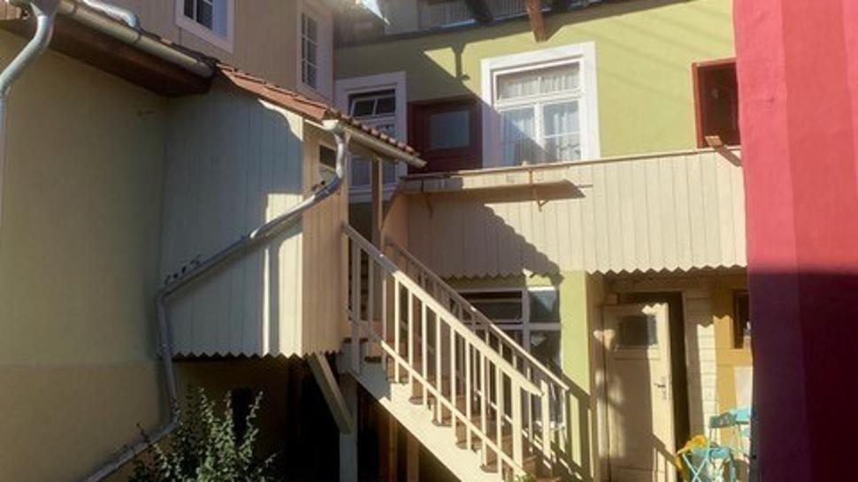 Hausbereich mit Außentreppe