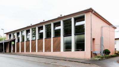 Die Jahnhalle am Brettener Postweg.
