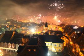 Silvester-Feuerwerk über Bretten zum Jahreswechsel 2019/2020.