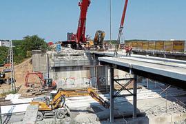Nicht nur die A5-Brücken bei Bruchsal müssen erneuert werden. Auch bei St. Leon-Rot sind drei solcher Bauwerke in die Jahre gekommen.