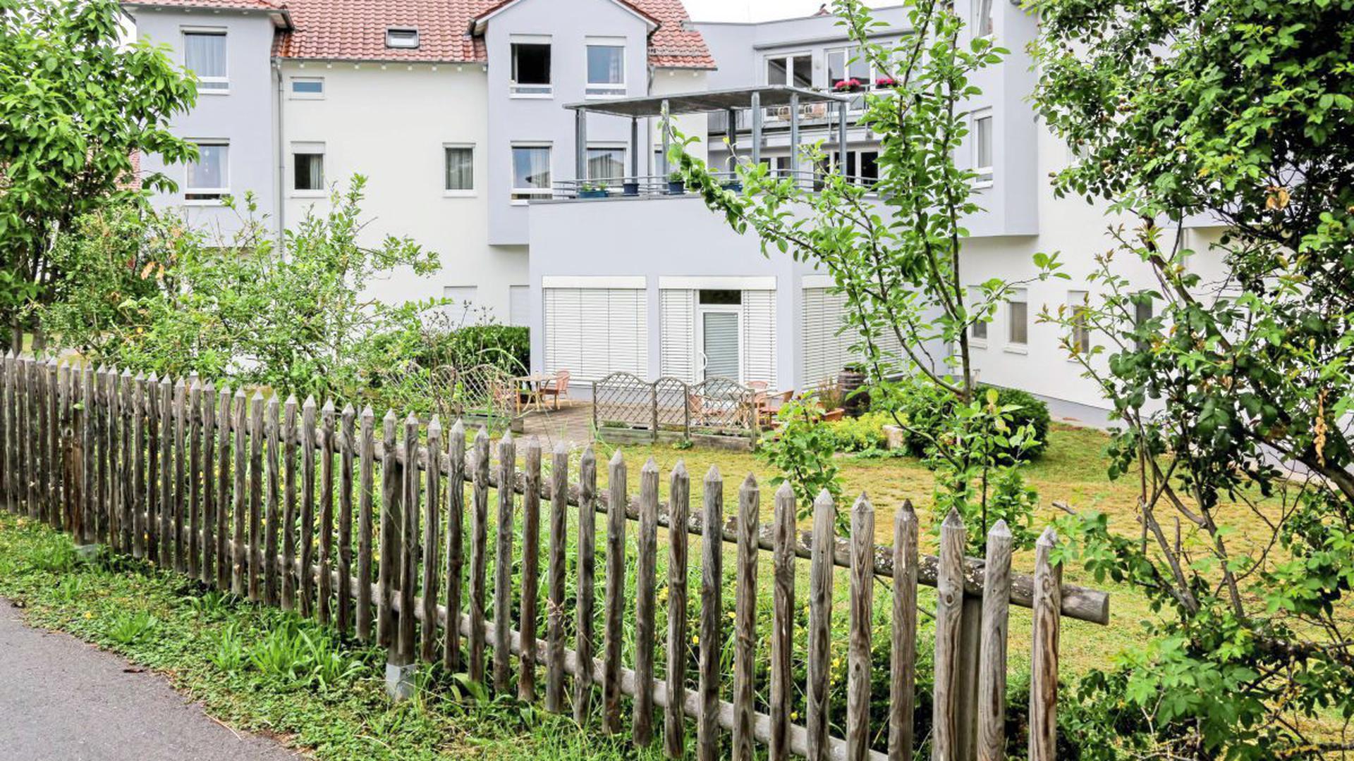 Schöner Garten ungenutzt: Im Oberderdinger Seniorenheim Haus Edelberg herrschen immer noch restriktive Besuchsregelungen.