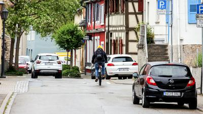 Die Brettener Friedrichstraße soll zu einer sogenannten Fahrradstraße umgestaltet werden. Dies sei ein weiteres sichtbares Zeichen für die Umsetzung des Mobilitätskonzeptes, meint Oberbürgermeister Martin Wolff.