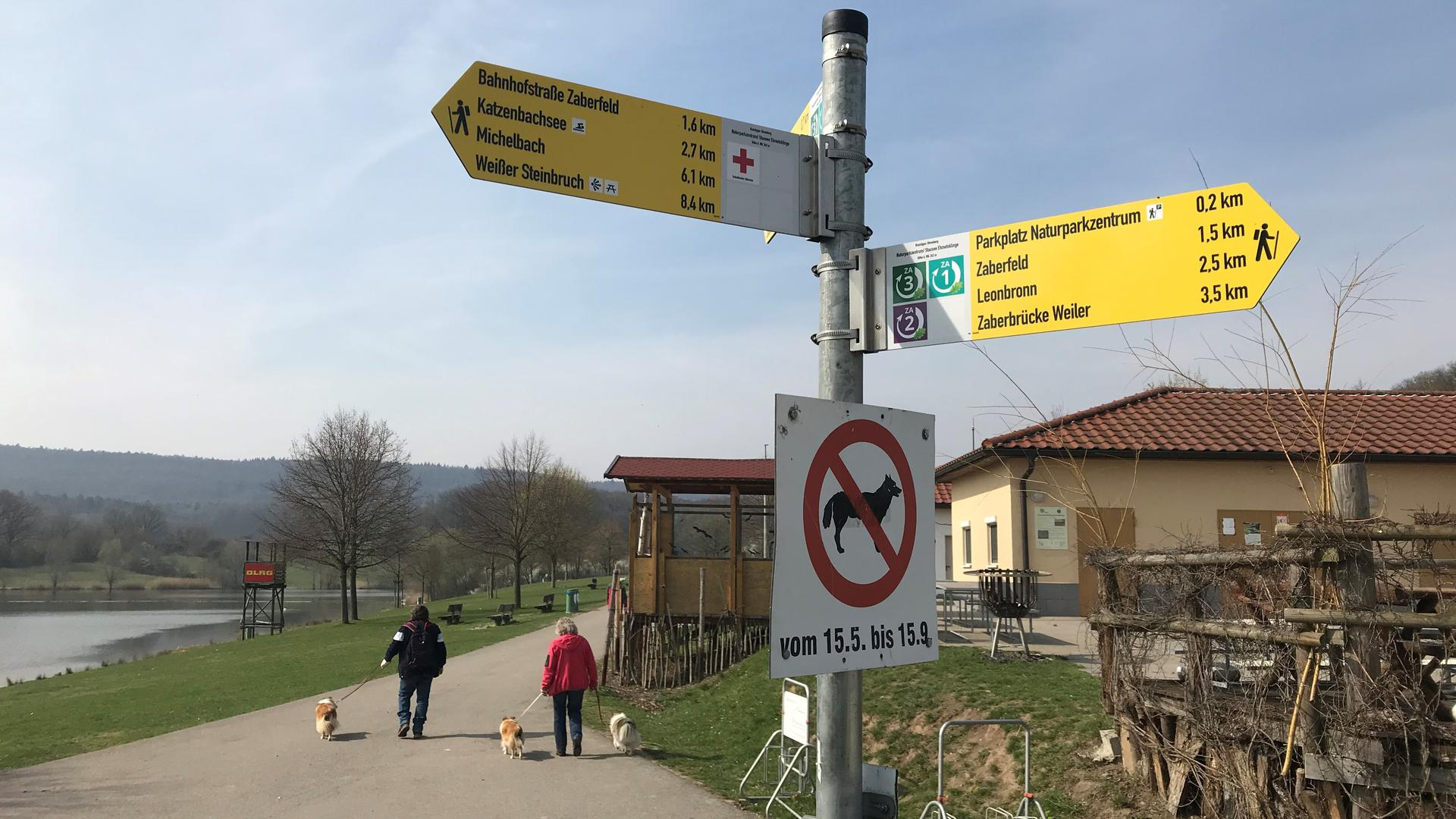 Eine einheitliche und übersichtliche Beschilderung soll den Naturfreunden in der Region Kraichgau-Stromberg-Heuchelberg die Lust am Wandern versüßen. Insgesamt 1000 Kilometer Wanderwege wurden neu ausgeschildert.