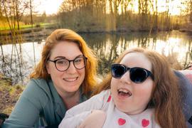 Daniela Gärtner aus Helmsheim mit ihrer Tochter Lili