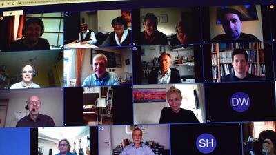 """Insgesamt 25 Vereine folgten der öffentlichen Einladung der Oberbürgermeisterin Cornelia Petzold-Schick zum Kulturgespräch über """"Brusl babbld"""", die städtische Plattform für Videokonferenzen."""