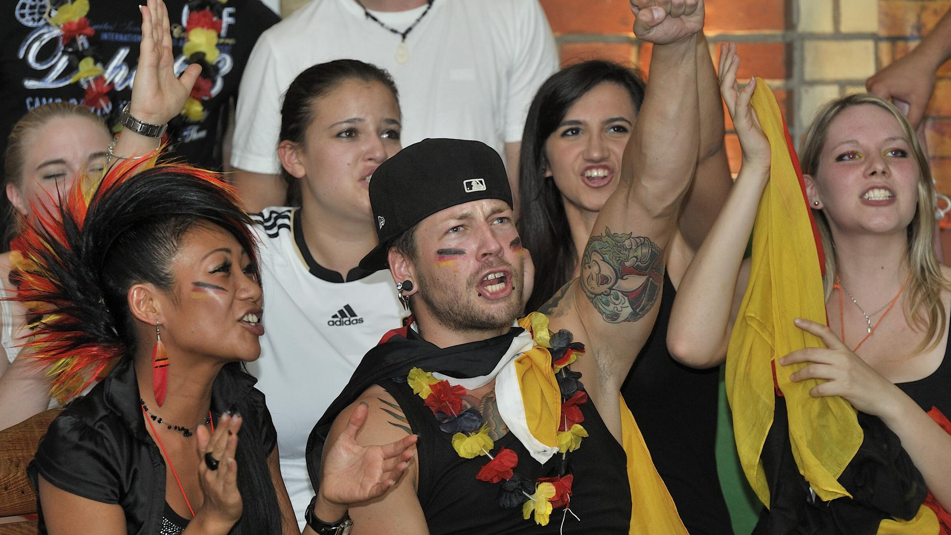 Fans dürfen ab diesem Freitagabend wieder auf packende Szenen hoffen. Dass Deutschland eine schwere Gruppe zugelost bekam, steigert die Spannung.