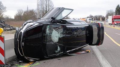 Gegen 7.45 Uhr ereignete sich am Mittwochmorgen auf der Autobahn A5 bei Bruchsal in Richtung Norden ein Unfall – direkt beim Beginn der Baustelle.