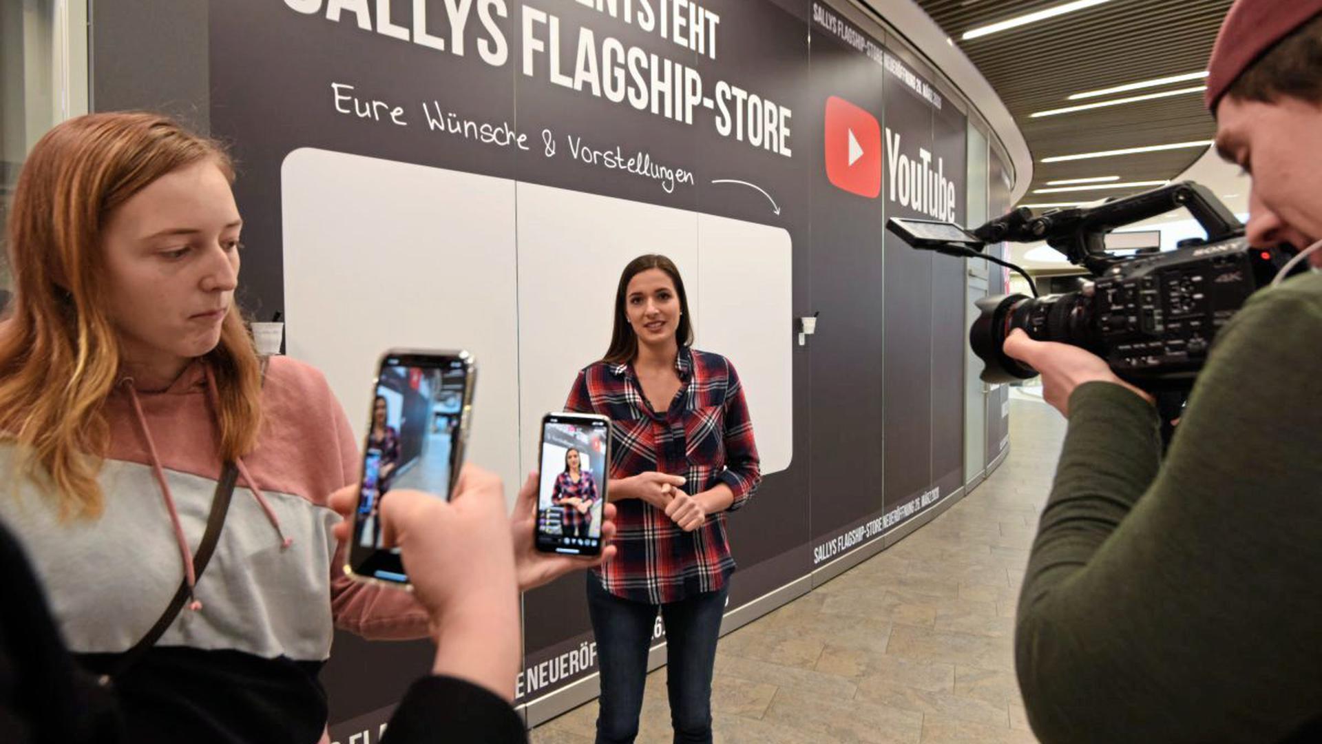 """""""Sallys Welt"""" in Mannheim: Saliha """"Sally"""" Özcan möchte in ihrem Laden auch Kontakte pflegen."""