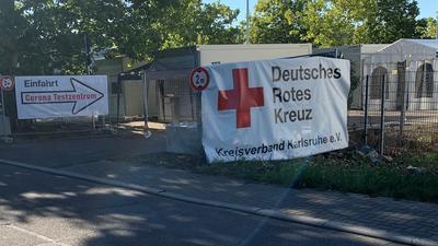 Gemeinsame Arbeit bei Corona-Tests: Die Kassenärztliche Vereinigung Baden-Württemberg verlegt ihre Abstrichstelle vom Fürst-Stirum-Klinik Bruchsal zum DRK Kreisverband Karlsruhe.