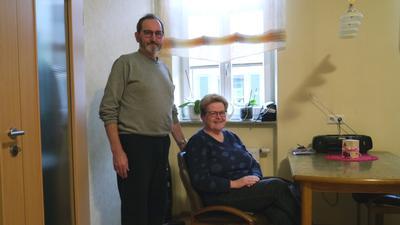Jürgen und Doris Vollmer in ihrer Küche