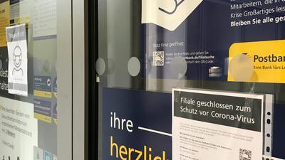 Wegen Corona geschlossen: die Postbank-Filialen in Bruchsal und Bretten.