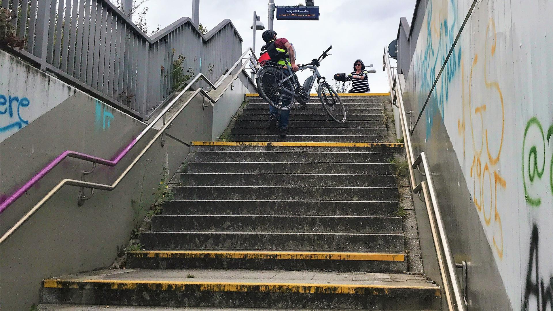 Treppe an der Haltestelle Am Mantel Bruchsal.