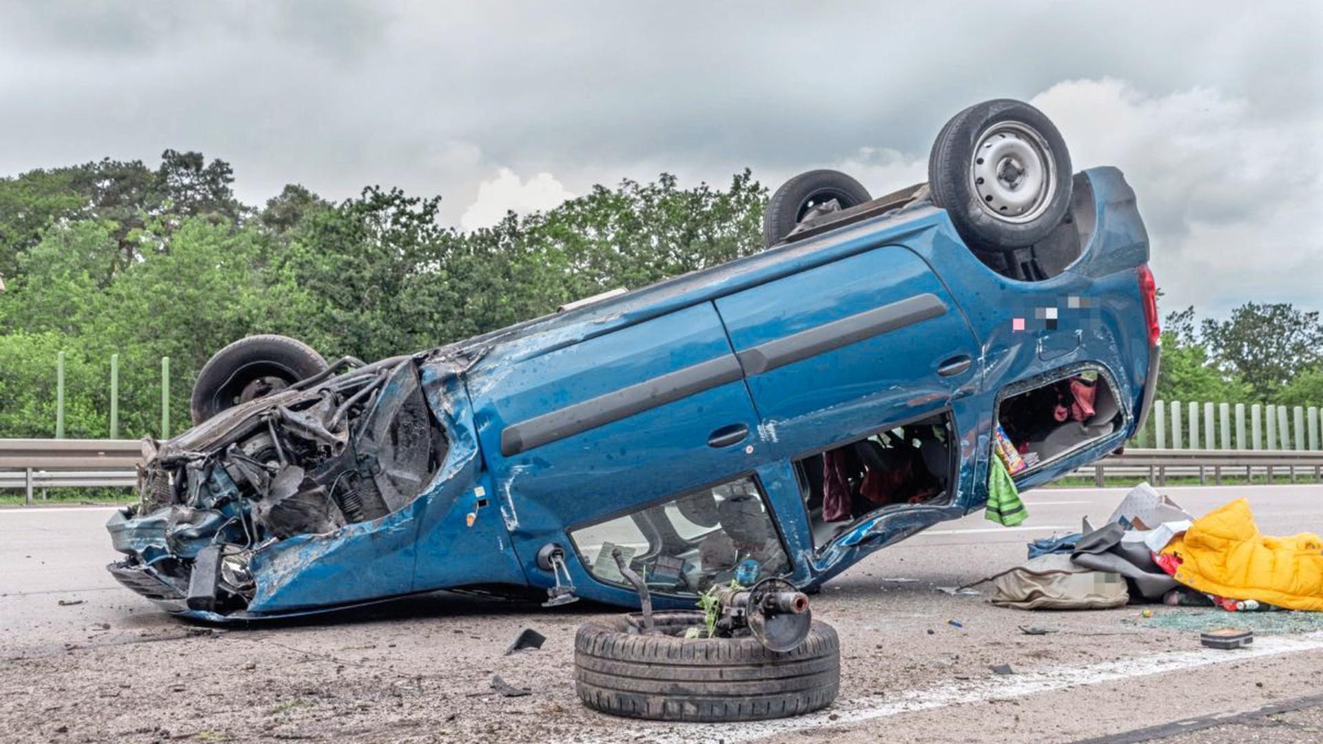 Ein 34-jähriger Autofahrer hat sich am Montag eine Verfolgungsjagd mit der Polizei über drei Autobahnen zwischen Karlsruhe, Bruchsal und Walldorf geliefert.