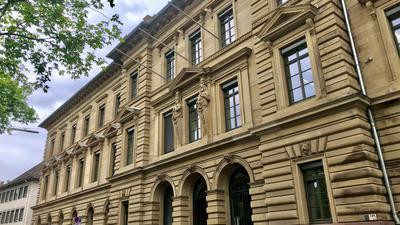 Außenansicht des Landgerichts in Karlsruhe