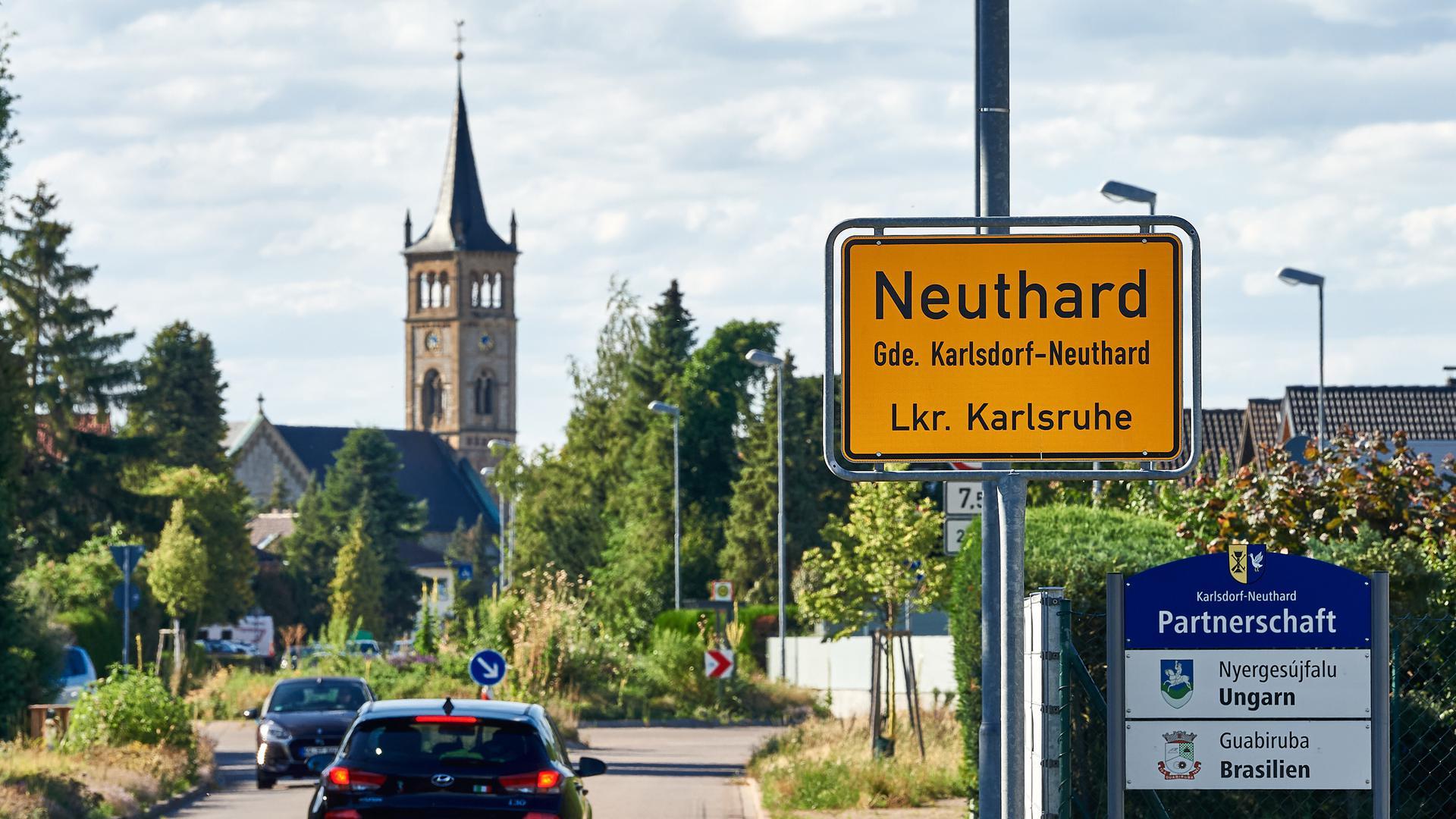 Ortsschild von Neuthard