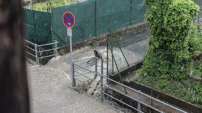 Starkregen in Oberöwisheim; Überlastung der Kanalisation
