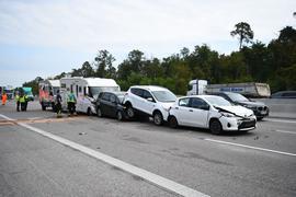 An dem Unfall auf der A5 bei Kronau waren insgesamt sieben Fahrzeuge beteiligt.