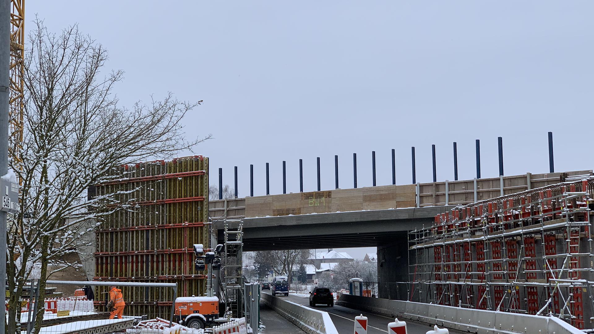 Baustelle an einer Brücke