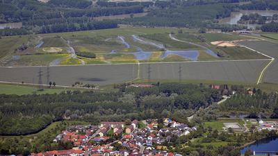 Kurzzeitige Verkehrsbehinderungen im Polder Rheinschanzinsel am 13. Oktober 2021