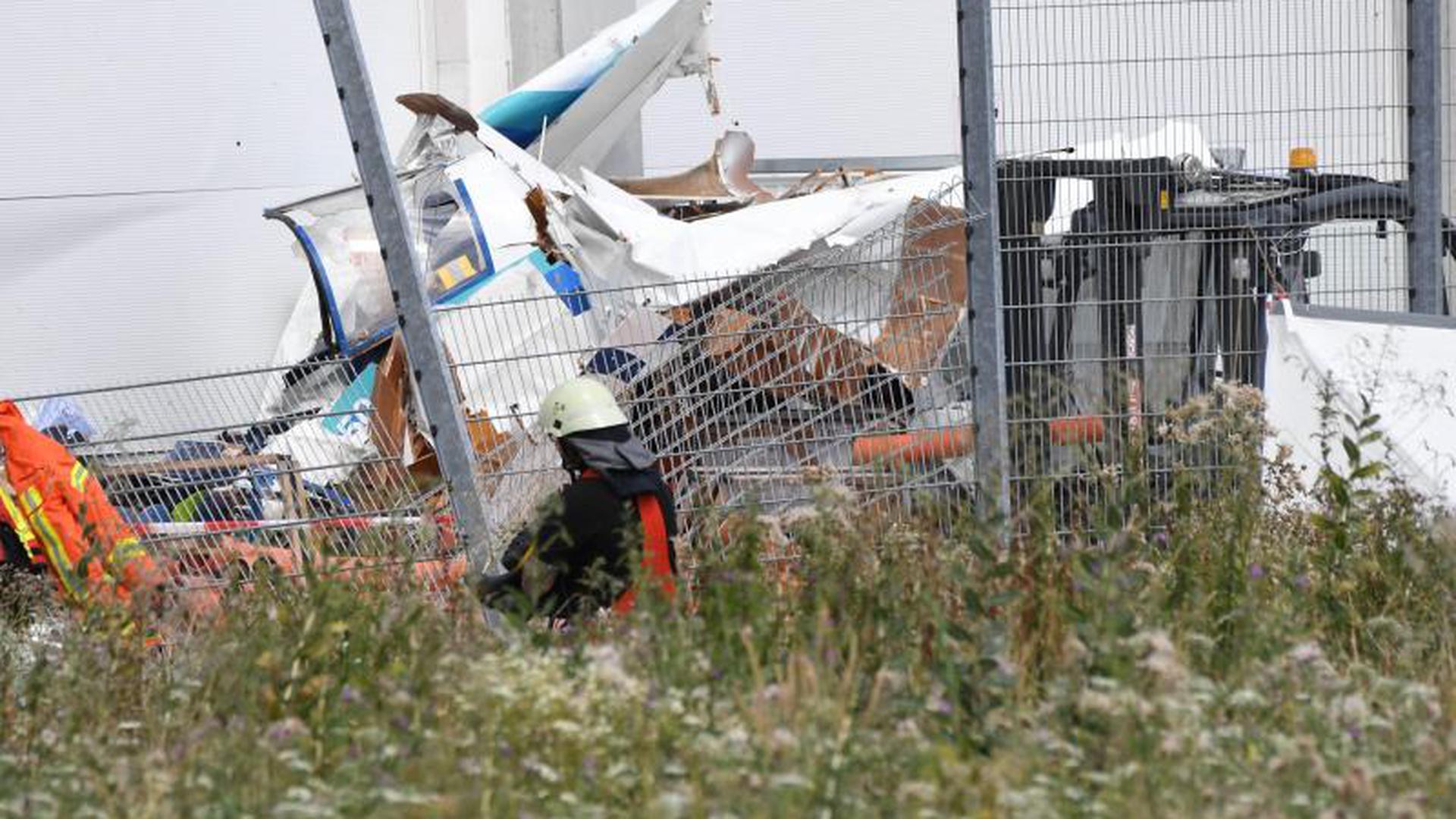 Kleinflugzeug in Bruchsal abgestürzt