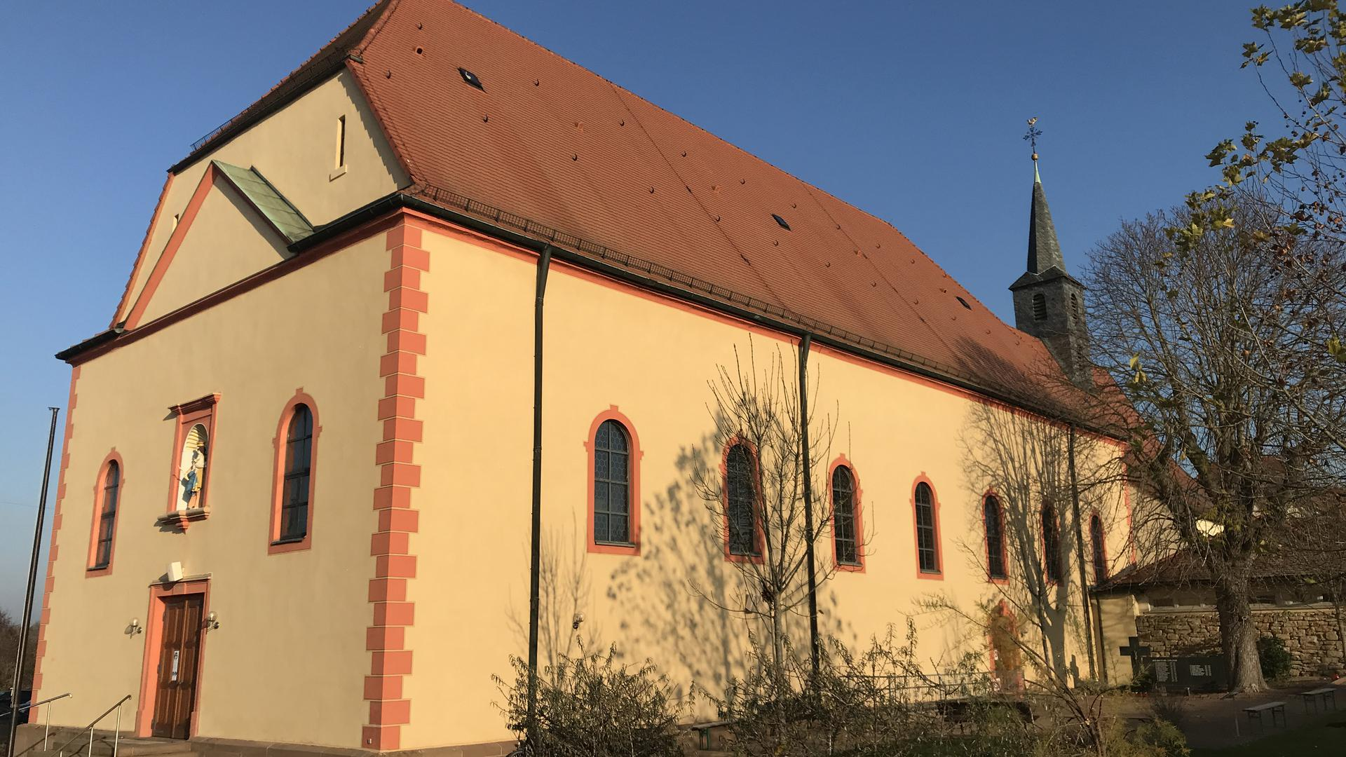 Kirche Waghäusel von außen