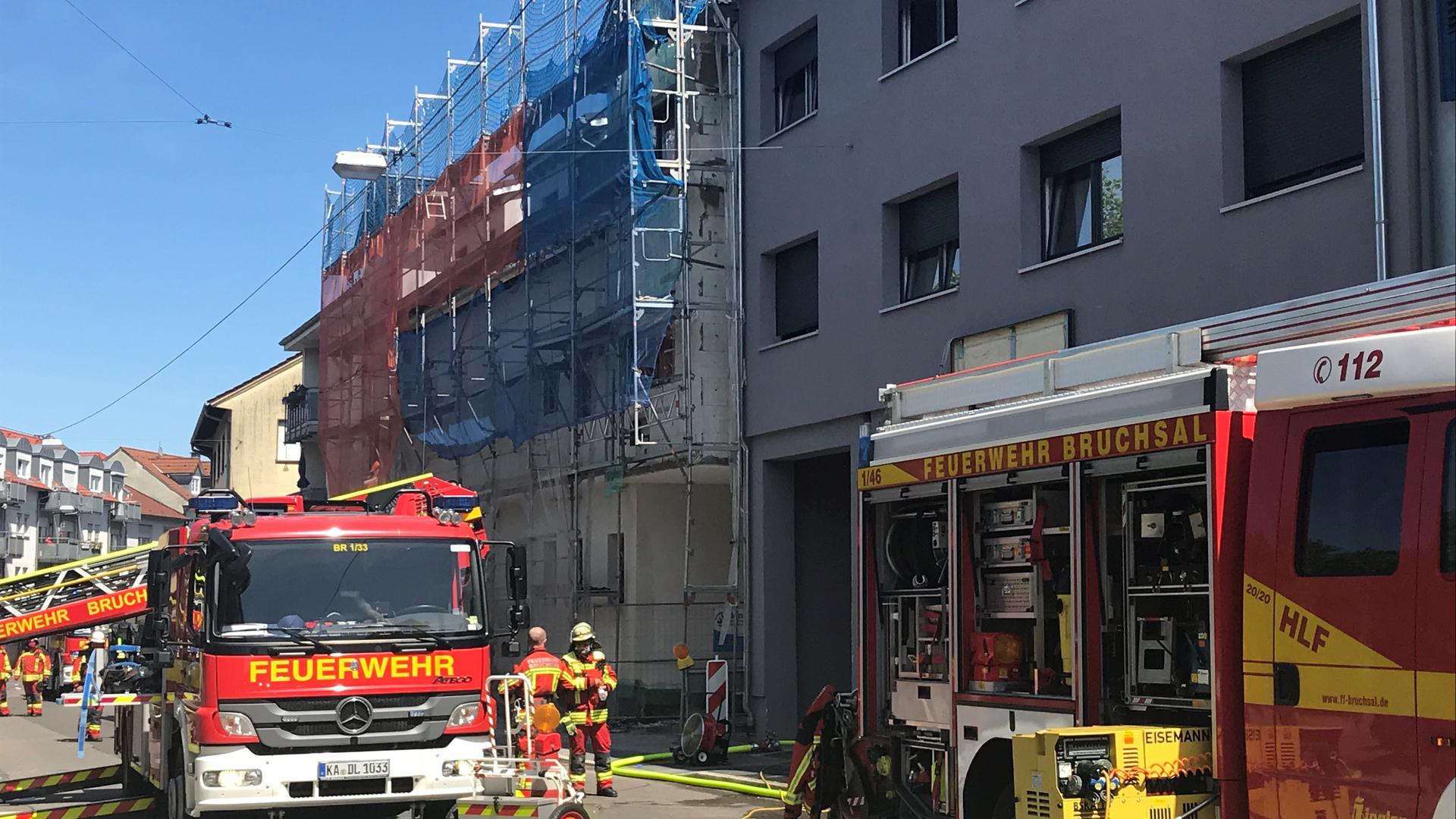 Laut BNN-Informationen brach das Feuer im zweiten Obergeschoss des Gebäudes aus.