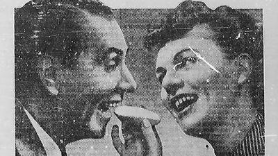 Alte Anzeige von 1952 mit zwei Personen und Sanella