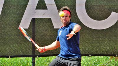 Die neue Saison im Blick: Erick Silva gehört zum Aufgebot des TC Bischweier, der sich mit seinem Team in der Oberliga des Badischen Tennis-Verbands behaupten möchte.