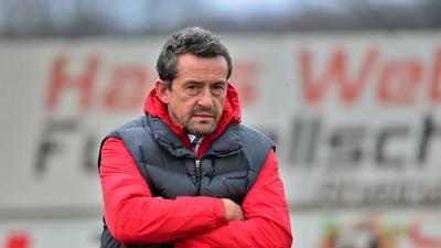 In die Personalplanungen eingebunden: Trainer Thomas Leberer hat aller Voraussicht nach auch in der kommenden Saison das Sagen beim Oberligisten SV Linx.
