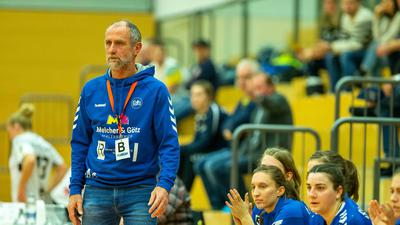 Trainer aus Leidenschaft: Während Arnold Manz seine Tätigkeit im Südbadischen Handball-Verband beendet hat, führt er bei der SG Steinbach/Kappelwindeck weiterhin Regie.
