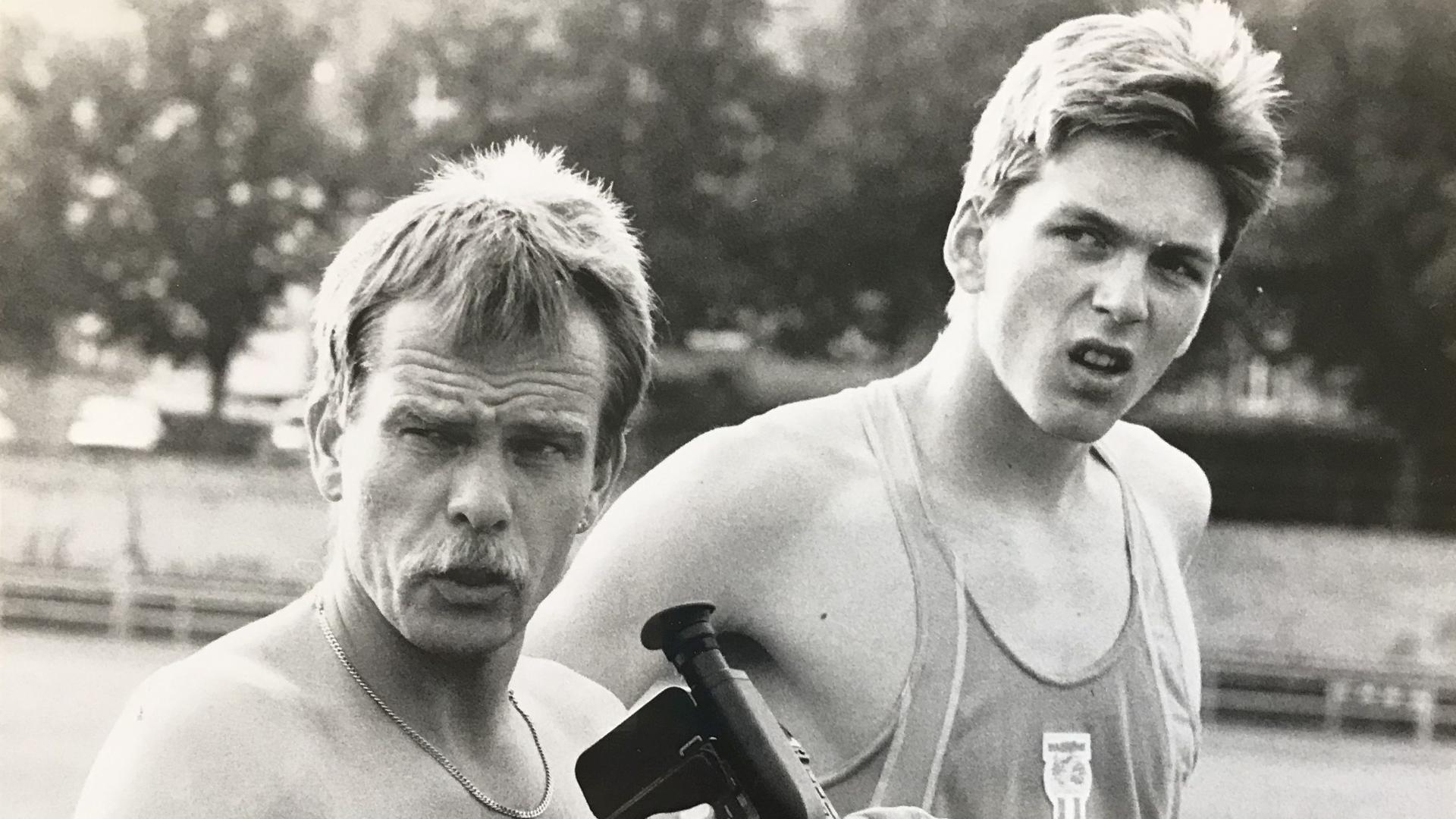 Erfolgsduo aus dem Murgtal: Leichtathletik-Trainer Udo Metzler (links) führte Georg Ackermann vor drei Jahrzehnten in die deutsche Weitsprung-Spitze.