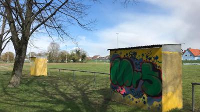 Ein verlassener Ort: Seit die Fußballer des FC Illingen nach der Saison 2017/18 den Spielbetrieb eingestellt haben, geht auf dem ehemaligen Vereinsgelände nicht mehr viel.