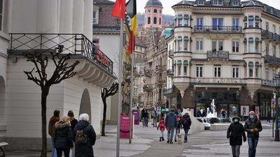 Überschaubar: Die Fußgängerzone in Baden-Baden  war  während der Osterfeiertage von  vergleichsweise wenigen Besuchern bevölkert.