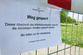 Im Wörthböschelpark in Baden-Baden ist inzwischen ein dritter Bombenfund bestätigt. Deshalb wurden Wege in der Grünanlage gesperrt.