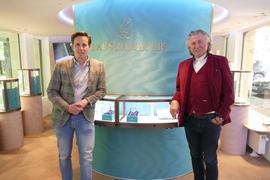 Der neue Concept Store in den Kolonaden ist seit Herbst 2020 fertig. Jetzt hoffen Chris (links) und Roland Rauschmayer auf Lockerungen in der Corona-Verordnung, damit sie eröffnen können.